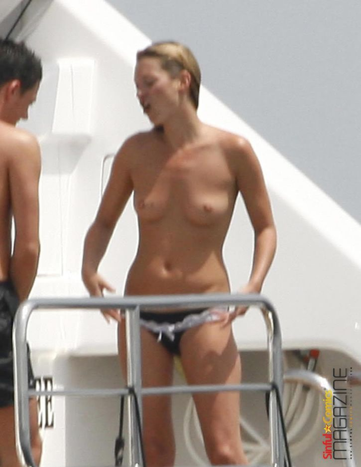 Kate Moss boobs
