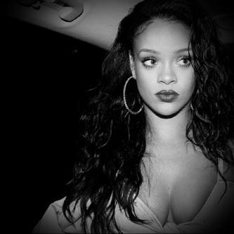 Sinful Celeb Ebony - Rihanna sex comics
